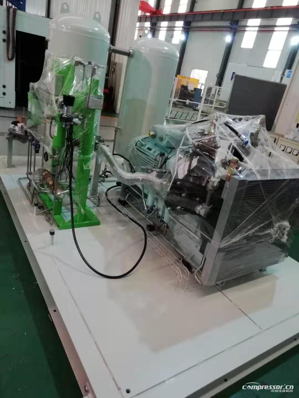 氦气压缩机组组装